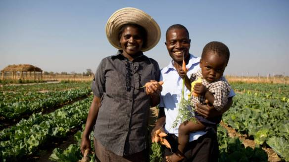 Africa-Zimbabwe-Marian-and-family_opt_fullstory_large